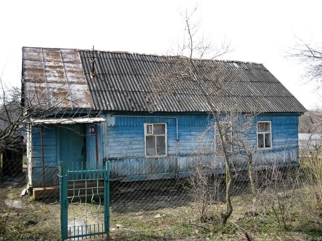 Главный фасад старого дома